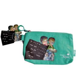 Estuche lápices, Niña y niño con pizarra, verde, Memory Ferrándiz S.L.