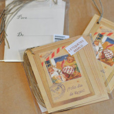 Etiquetas regalo FELIZ DÍA DE REYES, Ferrándiz