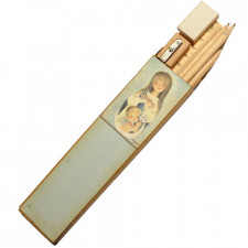 Set 3 lápices, sacapuntas, goma de borrar y reglita en cajita Ferrándiz ORACIÓN 4,5 x18 cm