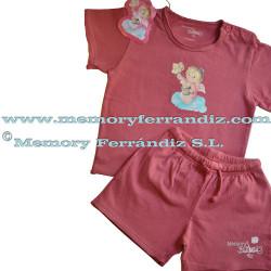 """Camiseta y pantalón corto """"Cabello de ángel"""".  Color Frambuesa."""