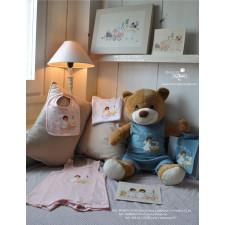 Ropita y complementos bebé © Memory Ferrándiz S.L.