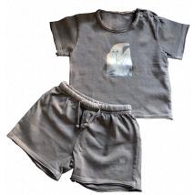 """Camiseta y pantalón corto """"Fantasma"""". Ferrándiz. Color topo"""